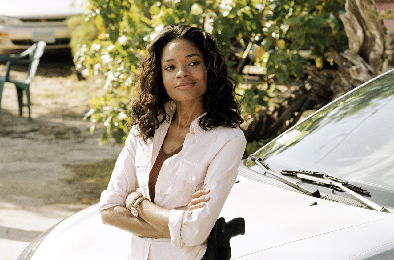 naomie_harris_in_after_the_sunset