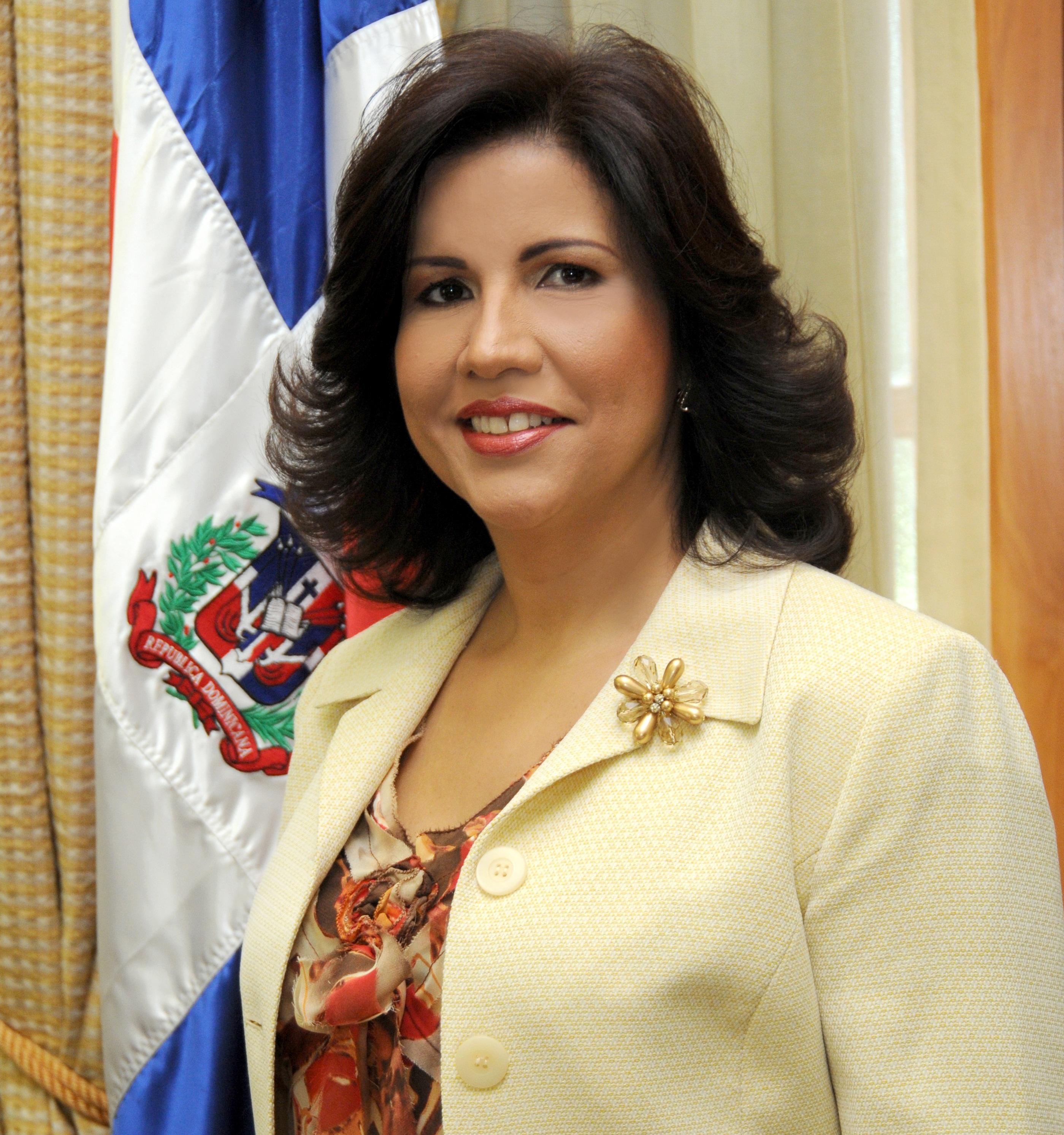 Margarita-Cedeño-de-Fernández.
